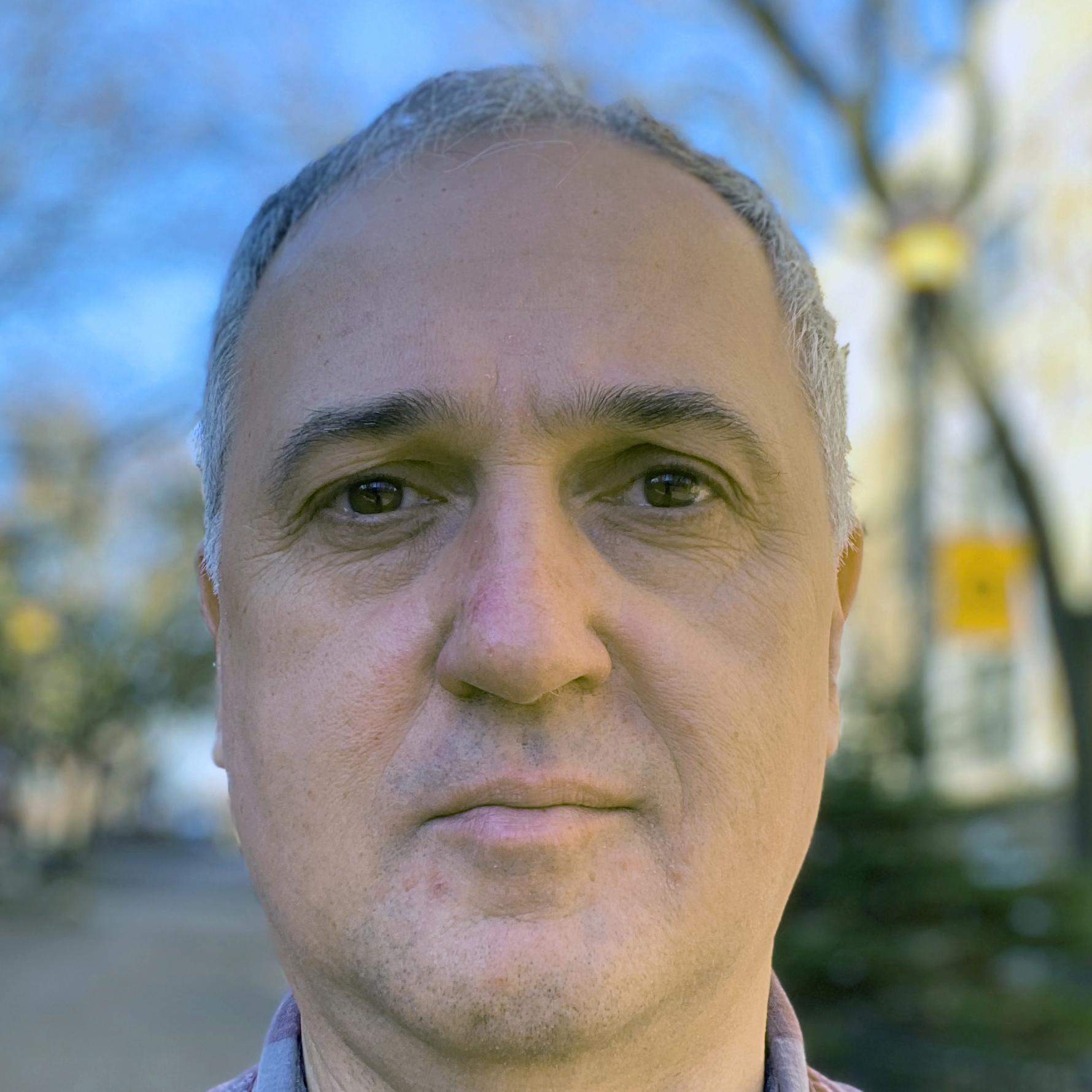 Robert Loerzel